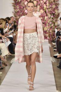 oscar-de-la-renta-gingham-coat-spring-2015-h724