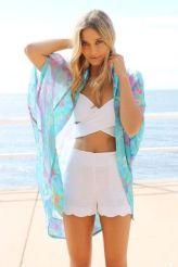 White shorts with bikini for the beach