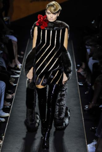 Fendi fur Paris Fashion Week 2015 2016