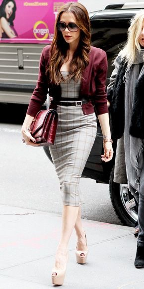 Victoria Beckham gray sheath dress for business