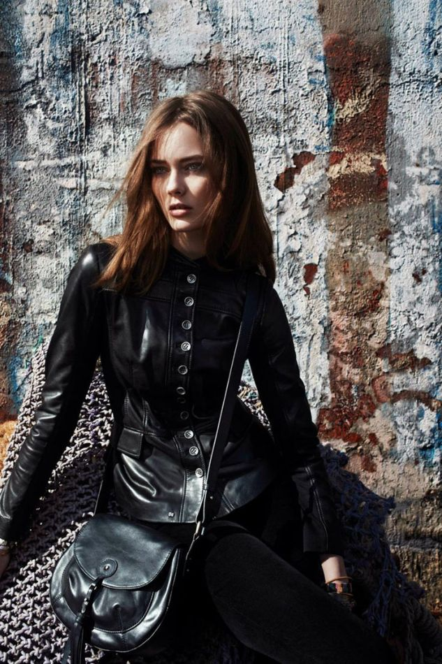 black leather jacket and cross body bag for Fall