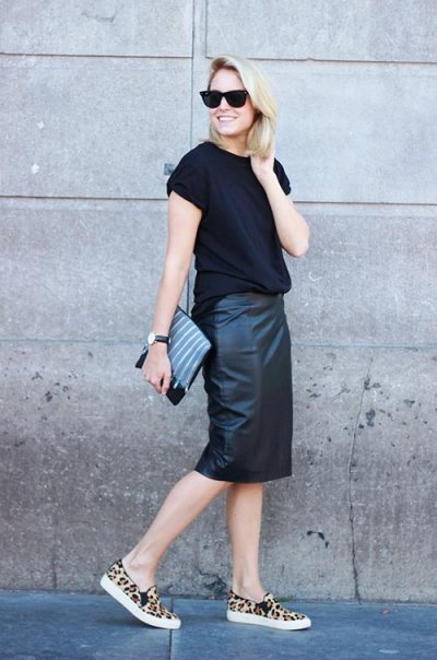 stylish_ways_of_wearing_skirts_with_sneakers2