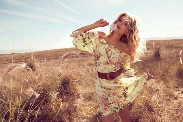 6.-Floral-Dress-€161