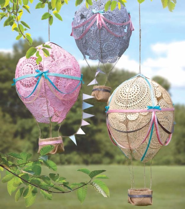 Doily-Hot-Air-Balloons