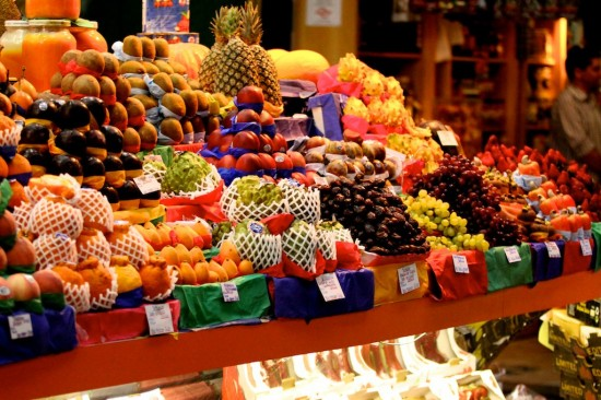 fruit-market-550x366