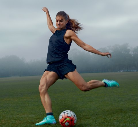 us-womens-soccer-team-olympics-alex-morgan-02