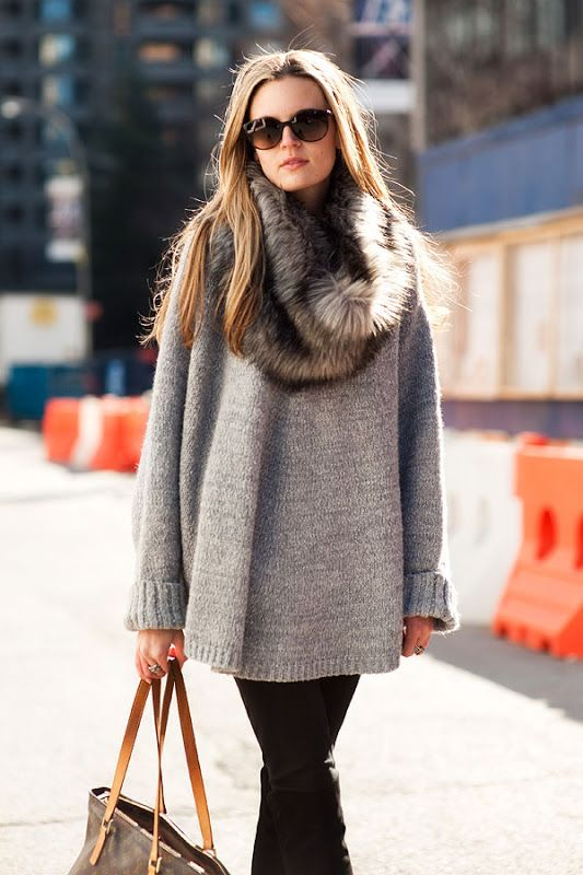 sweater-and-fur-scarf