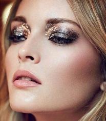 gold-glitter-makeup
